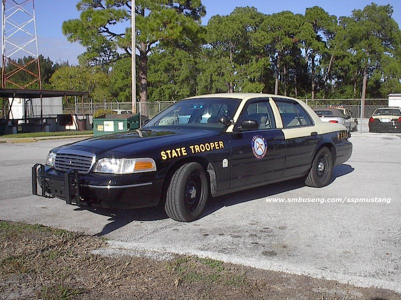 FHP_01_Crown_vic_slicktop.jpg (188911 bytes)
